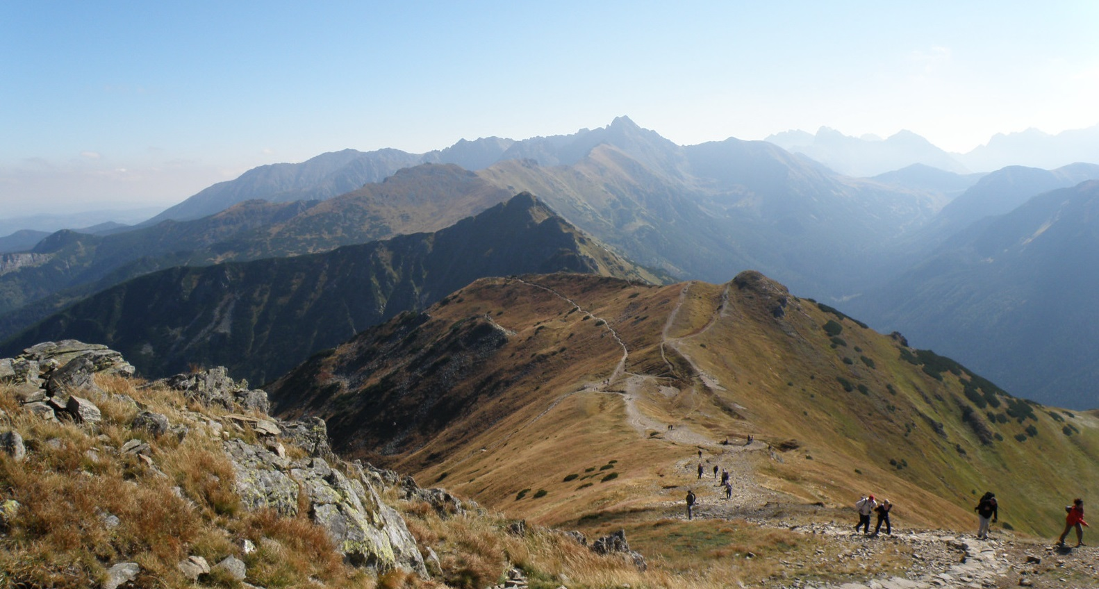 Hiking The Red Peaks in Tatra mountains. Find motivation to leave your couch this spring!