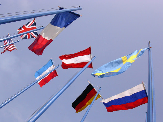flags-1524304-1600x1200