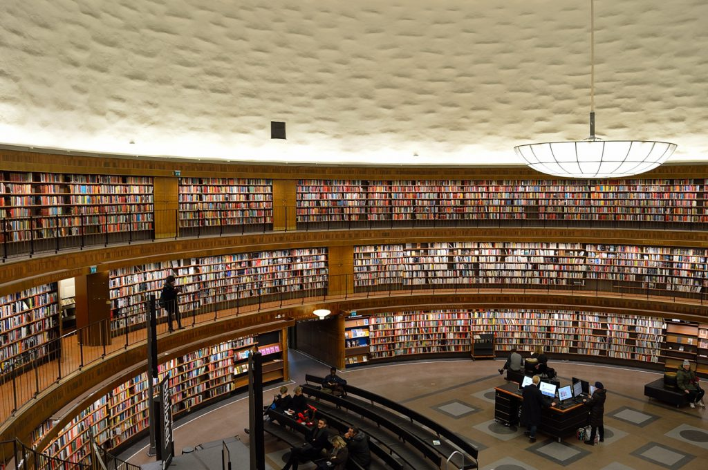 Sztokholm atrakcje: Stadsbibliotek, Biblioteka Publiczna