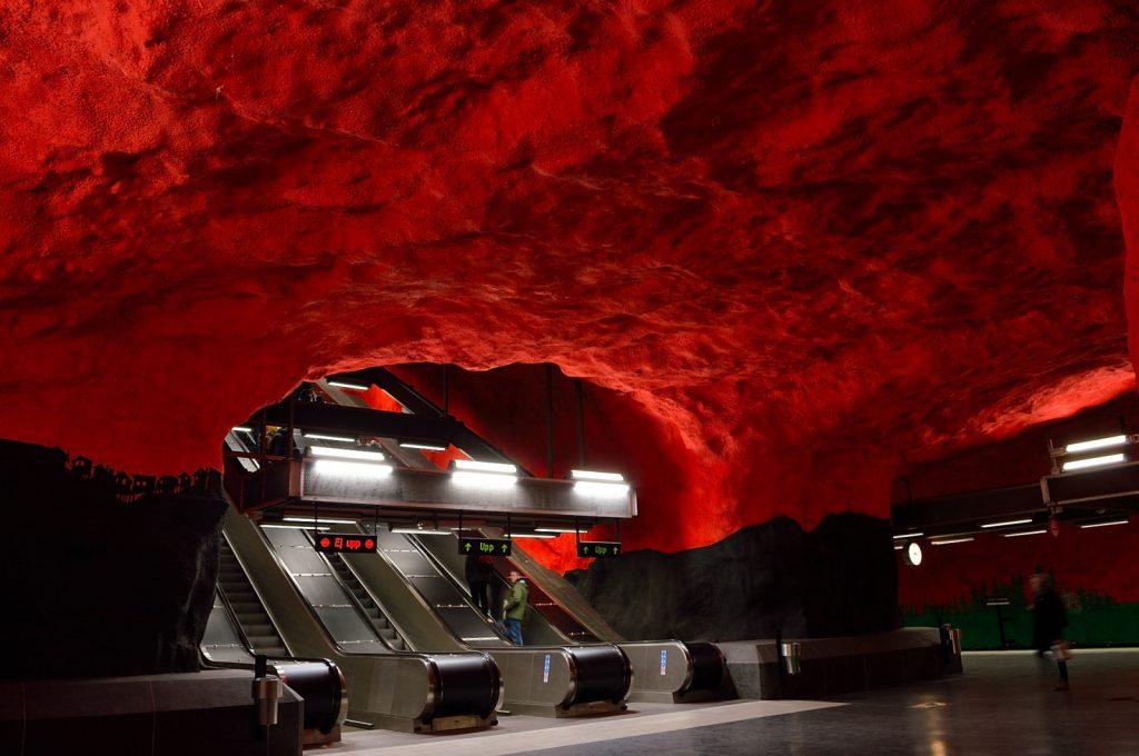 Sztokholm atrakcje: stacja metra Solna Centrum
