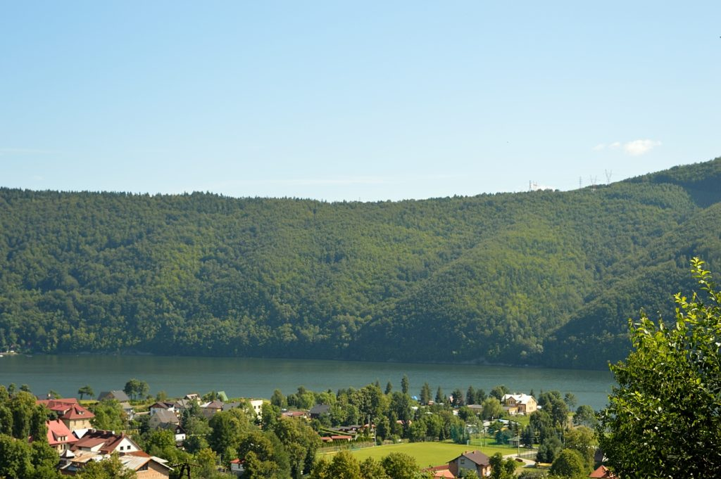 A view over Międzybrodzkie Lake