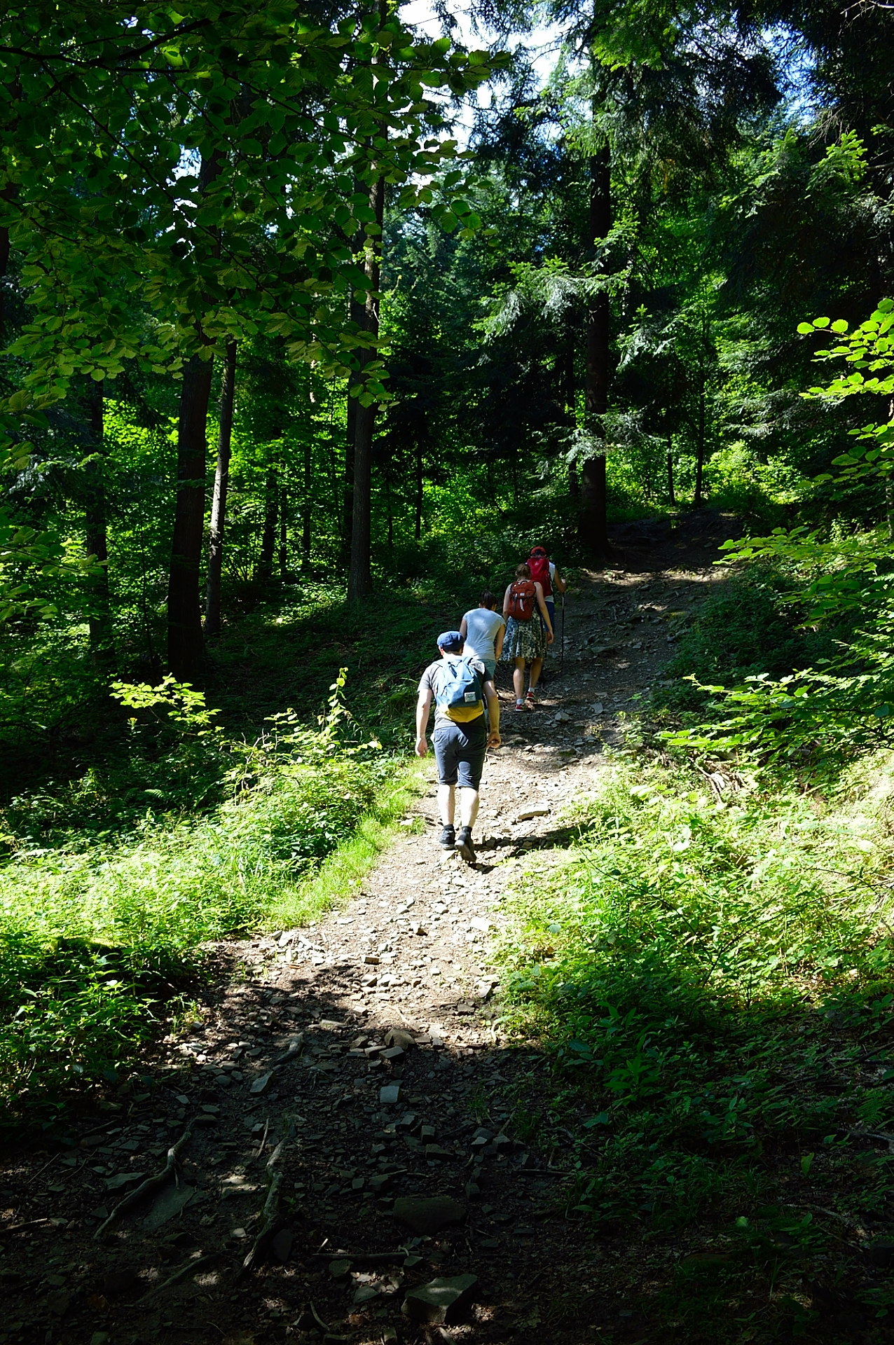 Red trail to Czupel