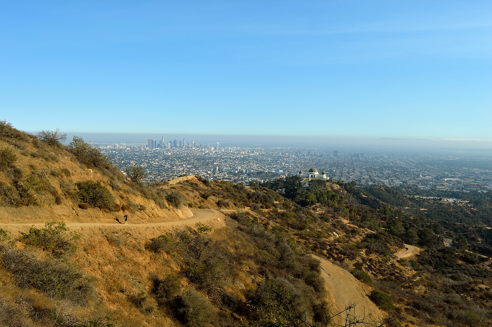 On our way to the Hollywood sign - a view at Los Angeles and Griffith Observatory