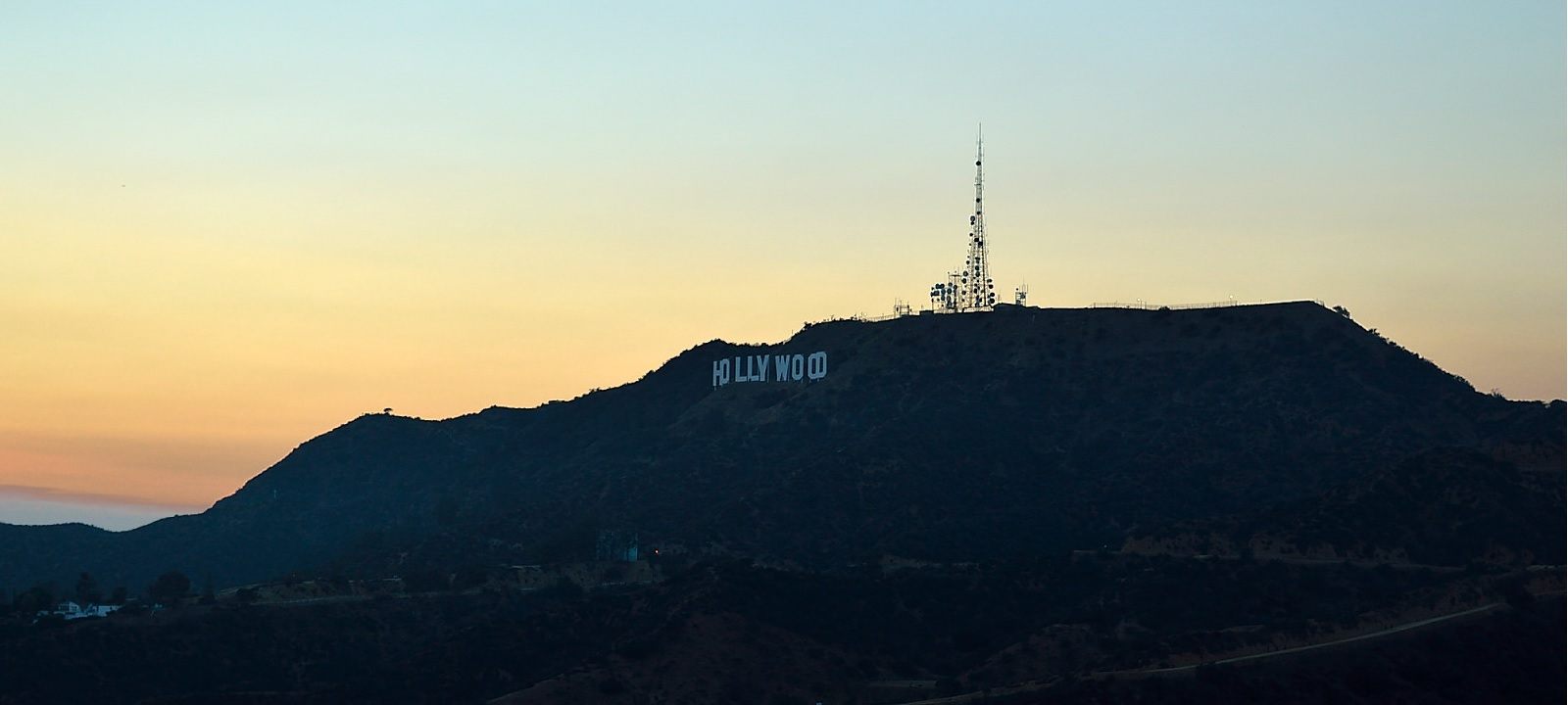 Where the stars live. Hiking to the Hollywood sign in Los Angeles.