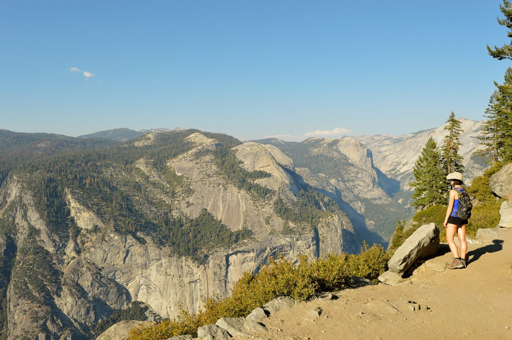 Four Mile Trail z doliny Yosemite na Glacier Point