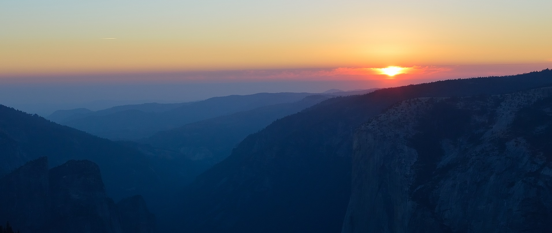 Crowds on Glacier Point and a private sunset on Sentinel Dome in Yosemite National Park.