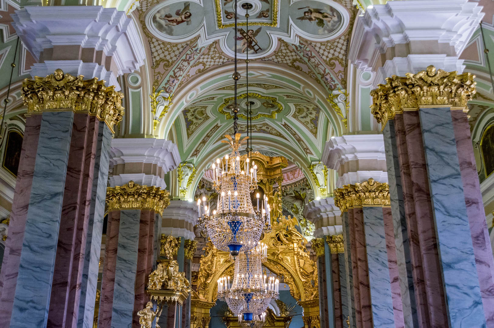 which cathedrals to see in saint petersburg