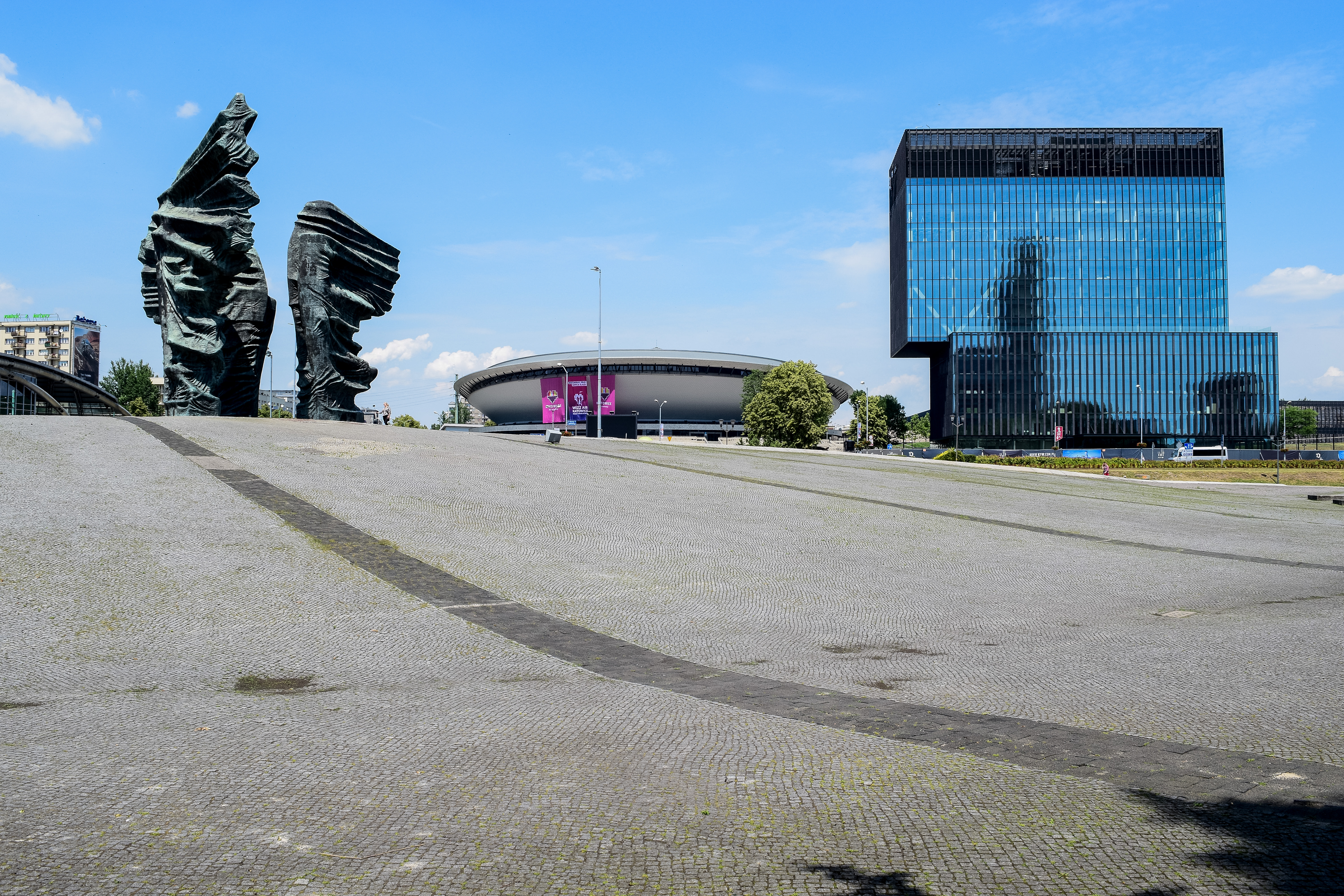 things to do in Katowice - silesian insurgents monument