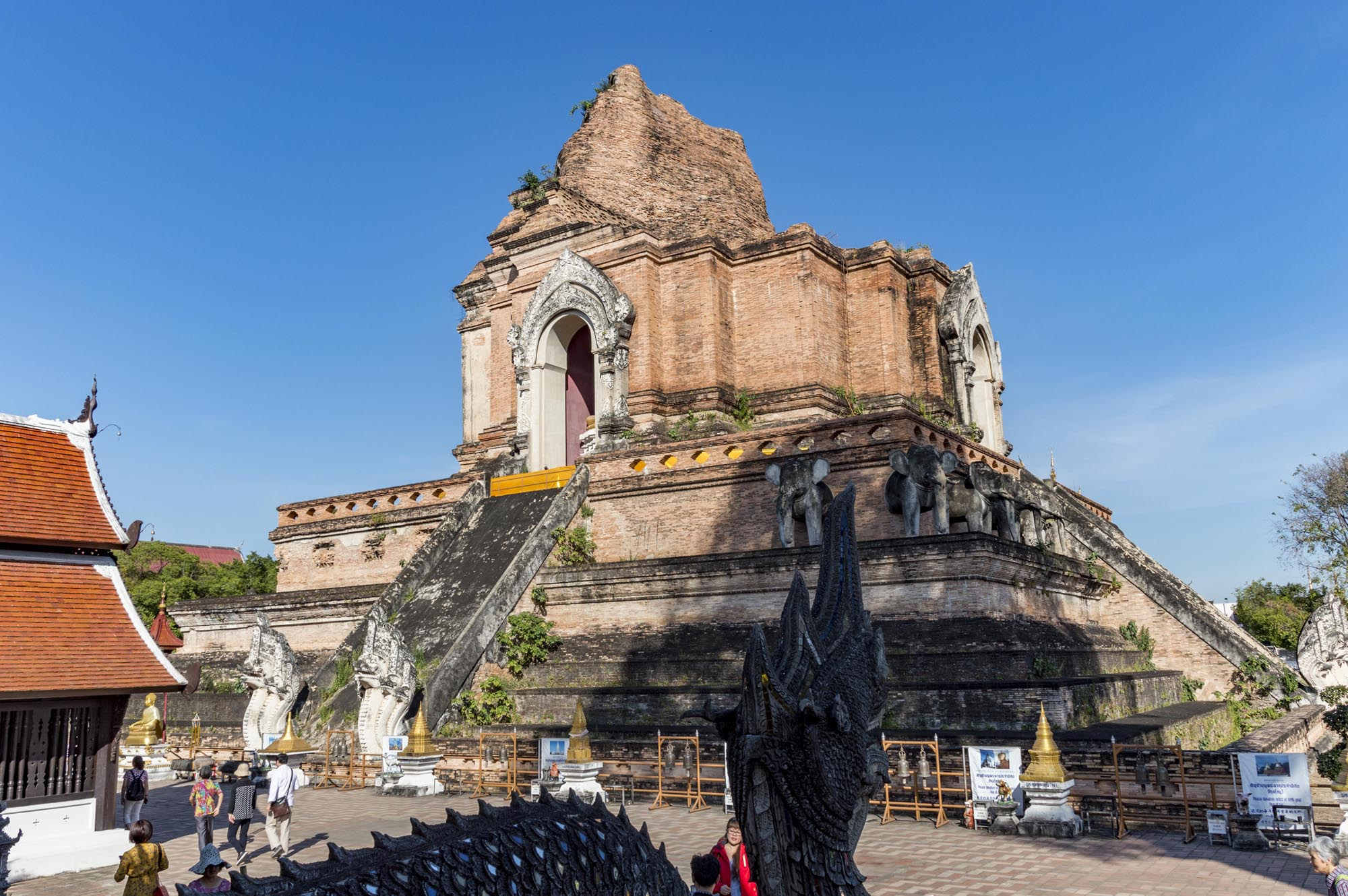 things to do in Chiang Mai - temples