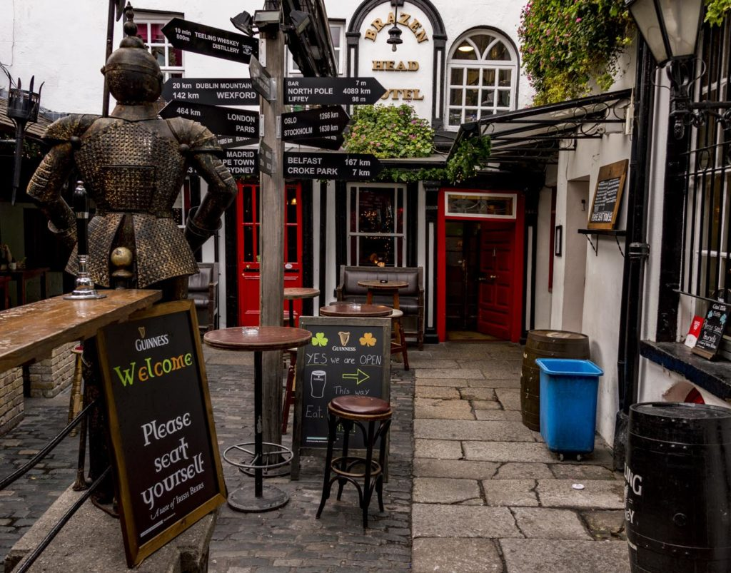 atrakcje Dublina - The Brazen Head