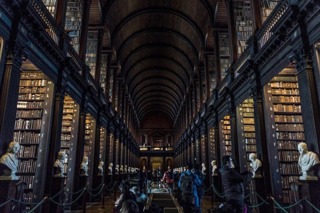 Dublin atrakcje - Trinity College Library