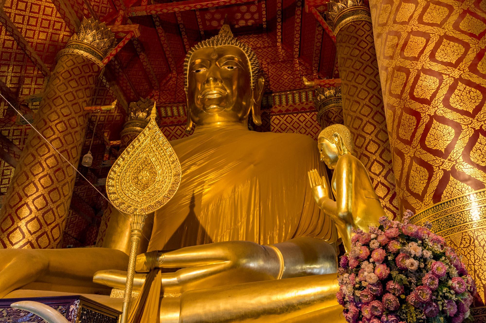 Ayutthaya Temples: Wat Phanan Choeng