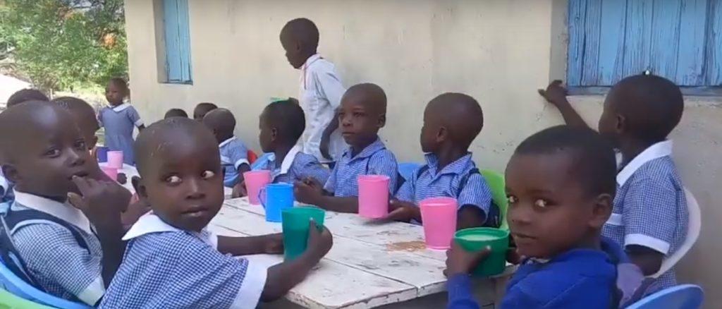 wolontariat w Kenii - dzieci