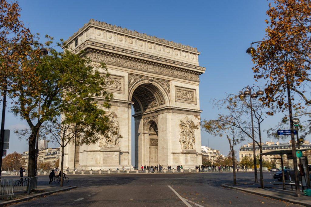 weekend w Paryżu: łuk triumfalny